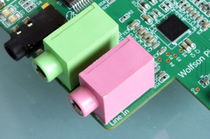 A Wolfson-based sound card for Raspberry Pi
